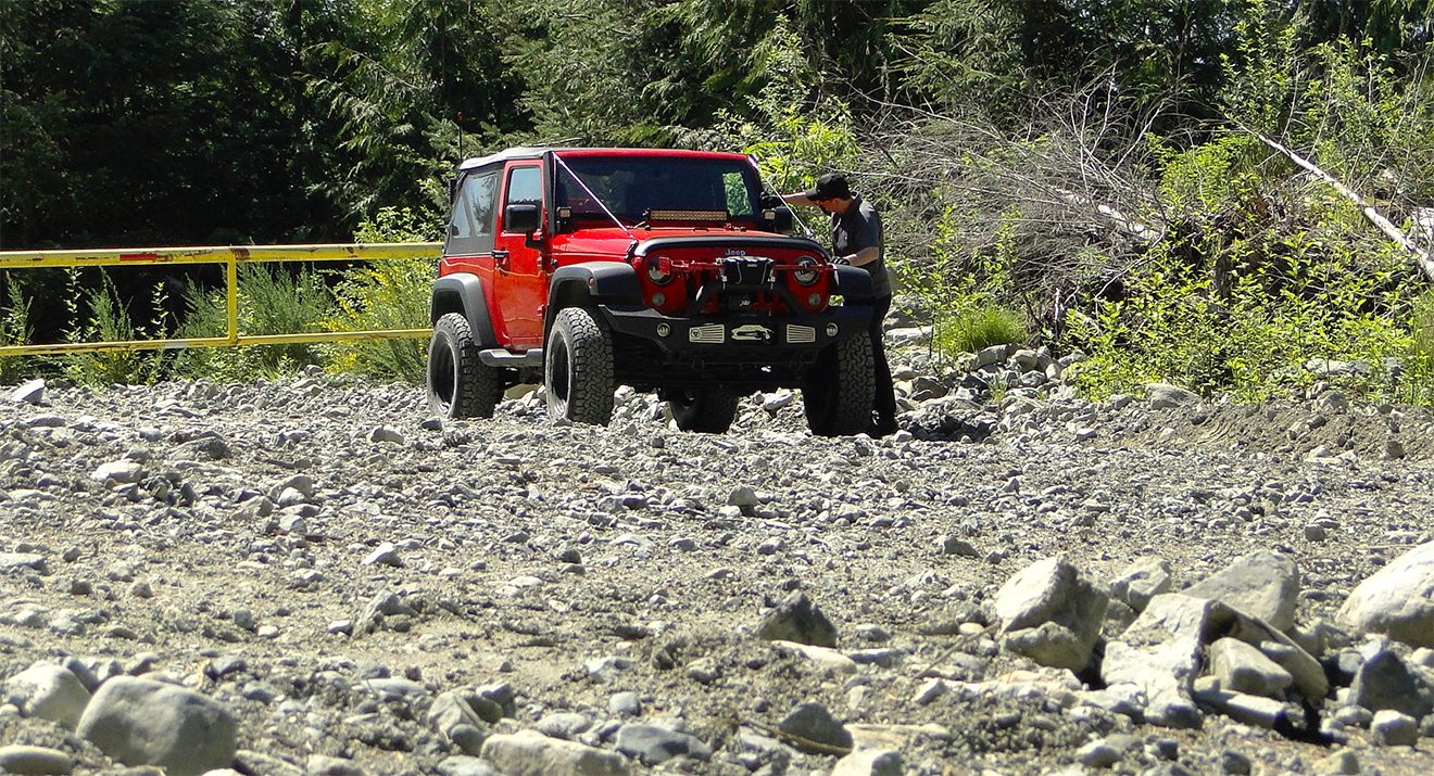 Best Gloves for Expedition Jeep Wrangler