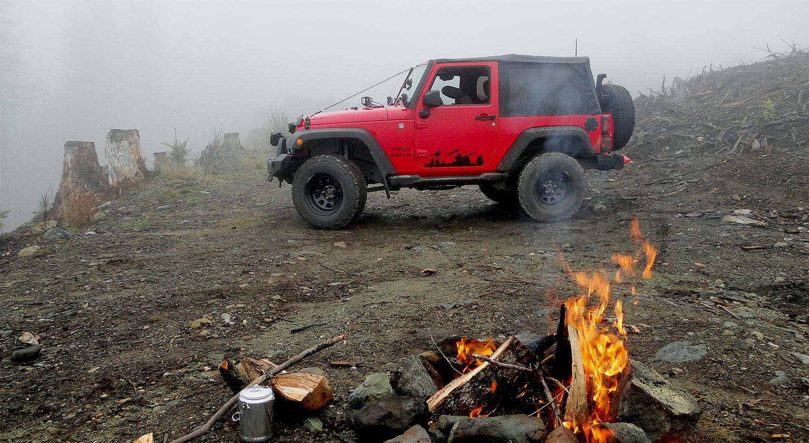 Jeep Wrangler JK Stopped by Fog
